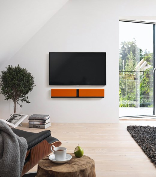 DALI-KUBIK-ONE-interior-Silkeborg-orange.jpg