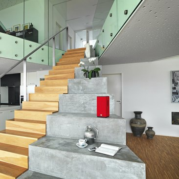 KUBIK-FREE-red-interior-11.jpg