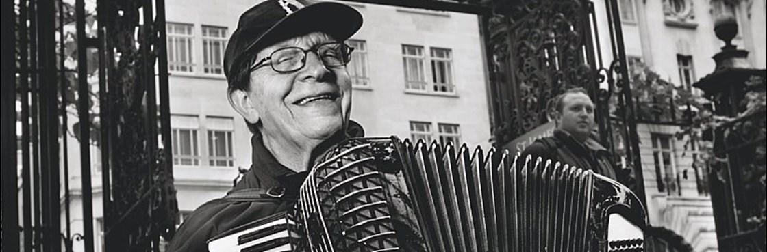 Eric Quilliam street musician London