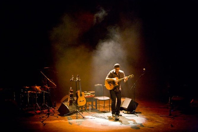Antonio Forcione The DALI Music Room
