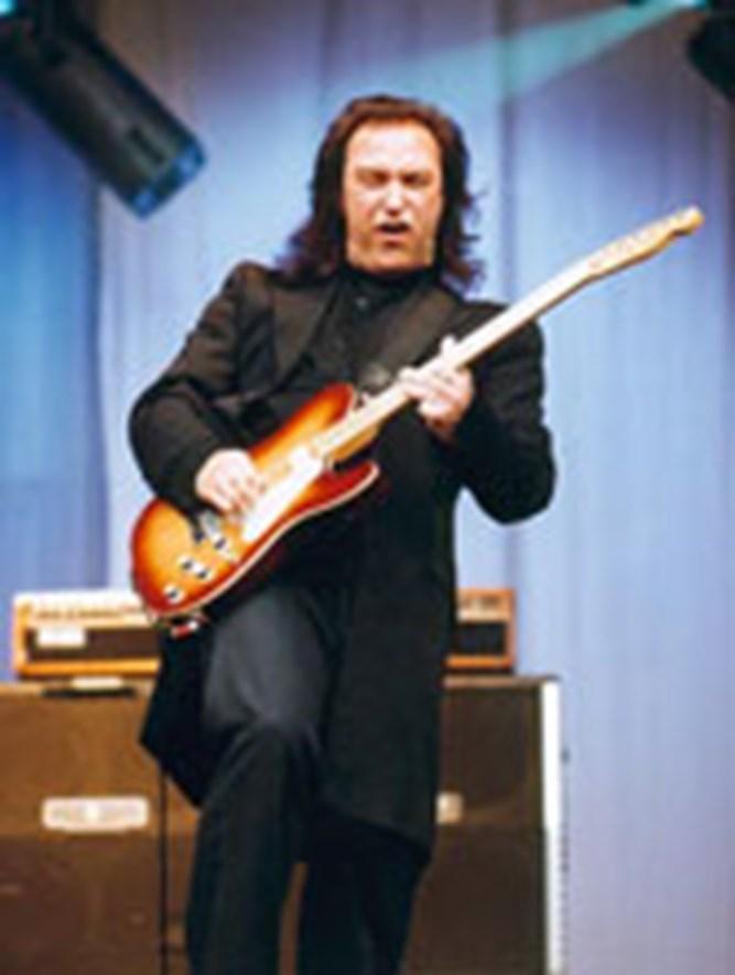 Dave Davies The DALI Music Room