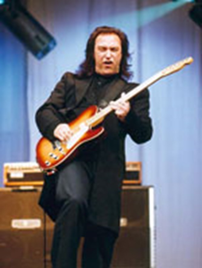 Dave Davies The DALI Music Room